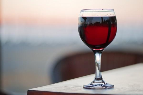 Вердикт ученых: алкоголь после 50 лет не столько вреден, как полезен. 18051.jpeg