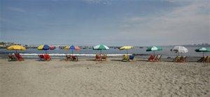 Спортом можно заниматься и на пляже. 8143.jpeg