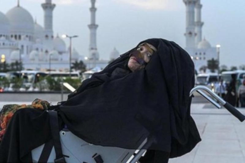 Жительница ОАЭ очнулась после 27 лет комы. медицина, здоровье, врач, пациентка, кома, ОАЭ, Германия