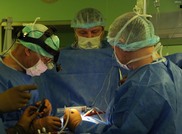 Московские врачи вернули пациентке голос, используя ее жировые клетки. медицина, здоровье, врач, женщина, операция, голосовые связки, Москва