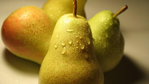 Груши помогают держать вес в норме. груша