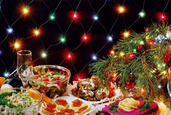 Праздничный новогодний стол 2016 в Год Огненной Обезьяны: все самое вкусное Видео. новогодний стол
