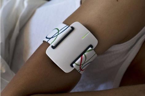 Умный браслет даст сигнал о приступе эпилепсии. 17445.jpeg