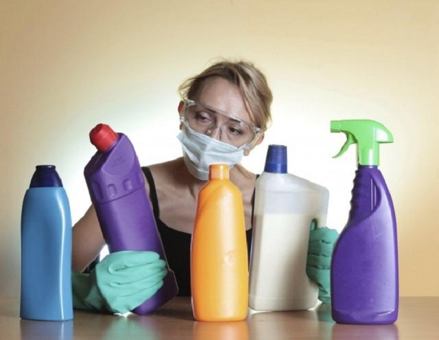 Врачи предупреждают об опасности домашней уборки с помощью