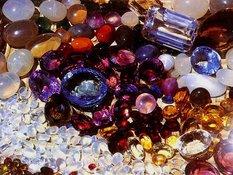 Как драгоценные камни влияют на здоровье. драгоценные камни