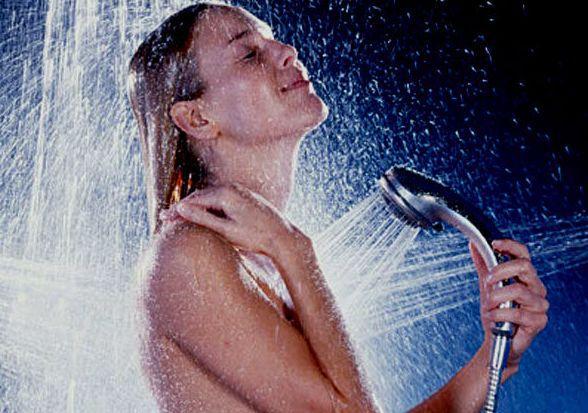 Вода из под крана избавит от залежей целлюлита. душ