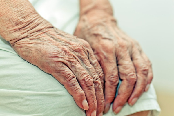 Как предотвратить быстрое старение кожи рук. 16741.jpeg