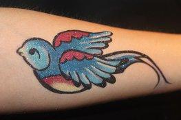 По татуировкам можно будет определить болезнь. 8937.jpeg