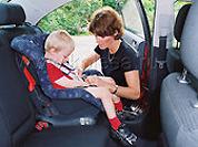 Малыш и автомобиль. Правила безопасности
