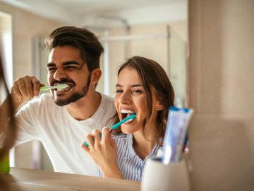 Индийский врач: как избавиться от плохого запаха изо рта
