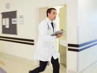 Упал в обморок? Обратись к врачу!