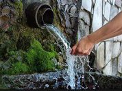 Как и почему надо проверять воду, которую мы пьем и которой моемся? Видео