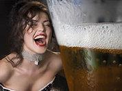Губит людей - не пиво, а пластиковый стакан
