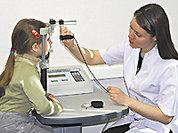 Жизнь без очков подарит детский врач