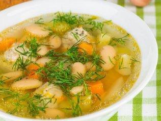 Супы и бульоны: Полезно или не очень?