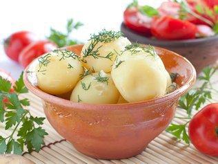 Чем полезны вредные продукты? Едим картофель и худеем!