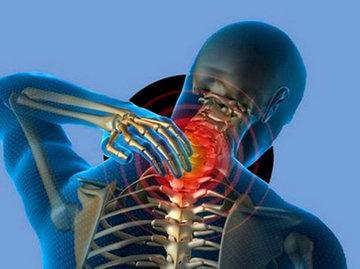 Остеохондроз атакует хребет и бьет по ногам