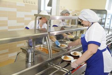 Появились новые подробности отравления детей в школе Красноармейска
